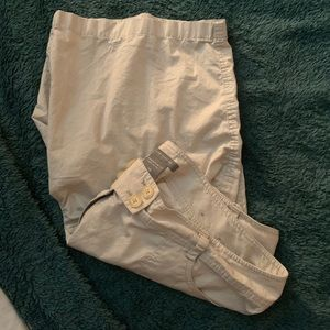 Ann Taylor Signature fit shorts, low on waist